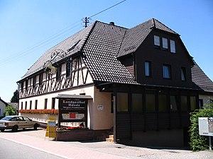 Landgasthof Rössle (a guest house) in Strauben...