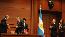 Yıldırım signing an agreement with his Argentine counterpart in 2011