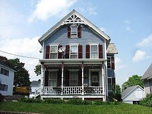 English: J.M. Cheney Rental House, Southbridge...