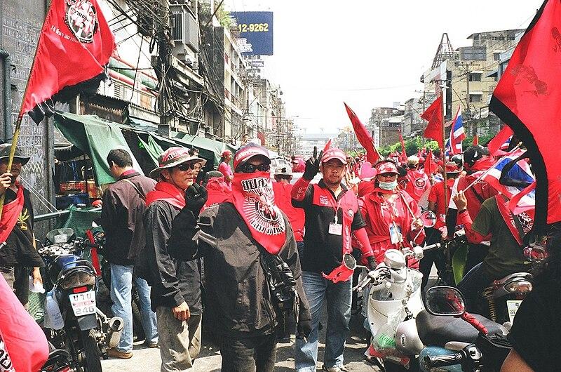 File:Red Shirt Army, Bangkok, Thailand.jpg