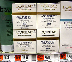 English: Photo of L'Oréal's anti-aging creams ...