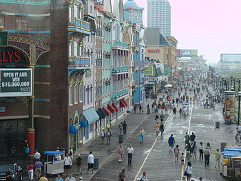 English: Atlantic City (NJ) - The boardwalk in...