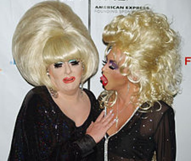 Drag Queens Are A Form Of Cross Dressing As Performance Art