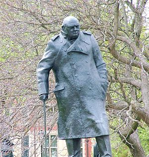 Winston Churchill statue in London, Parliament...