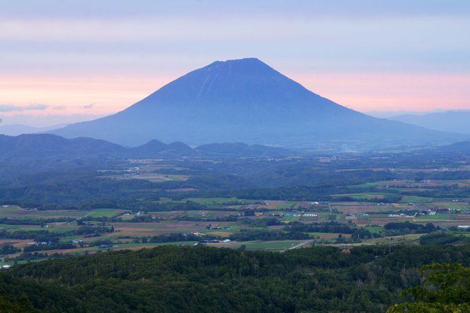 130921 Mount Yotei view from Toya Hokkaido Japan01s5