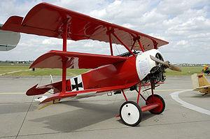 Deutsch: Nachbau der Fokker DR1 auf der ILA 20...