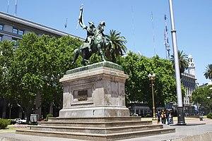 Español: Estatua ecuestre de Manuel Belgrano e...
