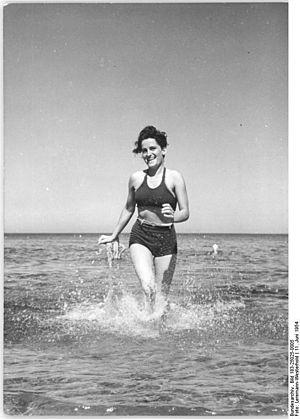 Bundesarchiv Bild 183-25025-0005, Graal-Müritz...