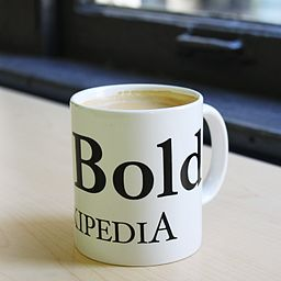https://i2.wp.com/upload.wikimedia.org/wikipedia/commons/thumb/a/a2/Be_Bold_coffee_mug.jpg/256px-Be_Bold_coffee_mug.jpg