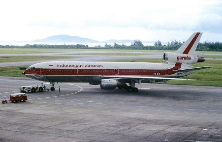 Berkas:McDonnell Douglas DC-10-30, Garuda - Indonesian Airways AN1018724.jpg