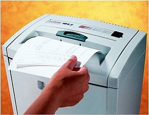 English: Paper Shredders = Security, Privacy &...