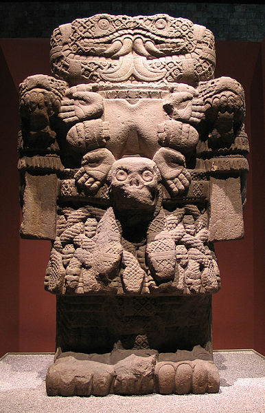 Archivo:20041229-Coatlicue (Museo Nacional de Antropología) MQ.jpg