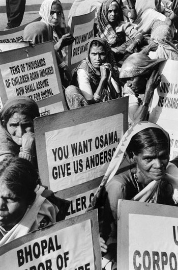Victims of Bhopal disaster asking for Warren A...