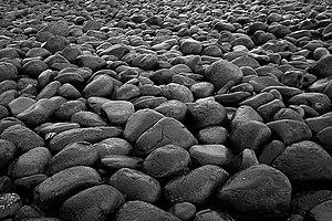 English: Boulders, Embleton Bay Embleton Bay h...
