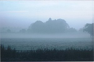 English: Early morning mist on Barby Road Phot...