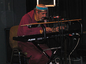 Alan Silva (Jazzbassist und Synthesizerspieler...