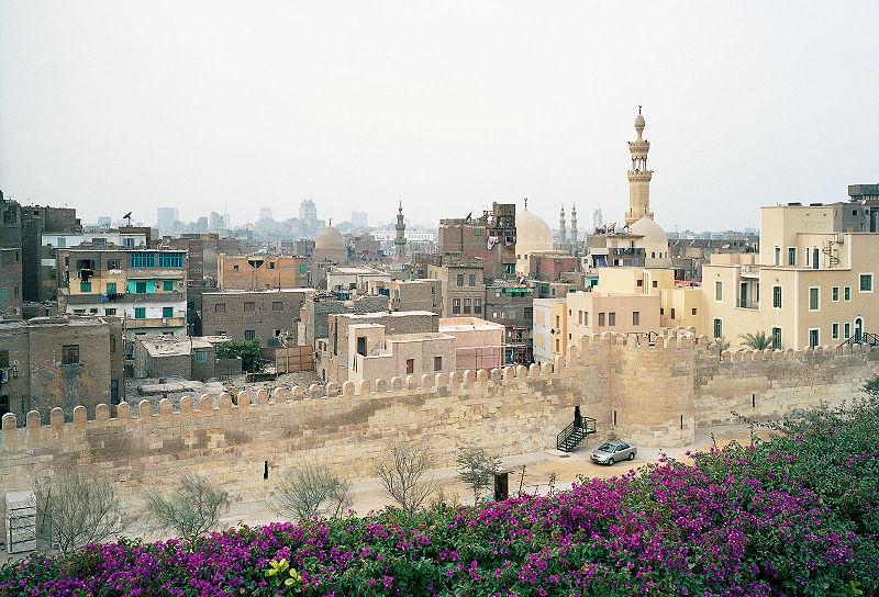 Le mur ayyoubide au Caire, à découvert pendant la construction du parc Al-Azhar , Janvier 2006