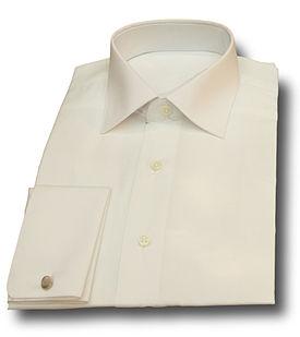 Camisa de puño doble de popelín con cuello italiano.