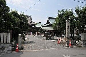 English: Hōju-ji temple 日本語: 宝寿寺境内