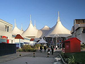English: Skyline Pavilion, Butlin's, near...