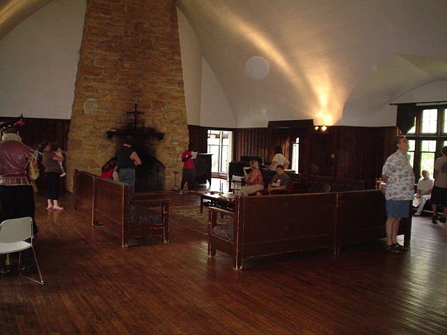 File Stronghold Castle Oregon Il Great Hall 03 Jpg