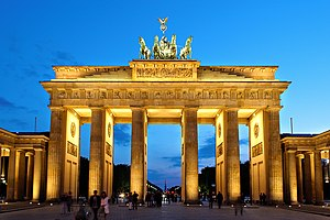 English: The Brandenburg Gate in Berlin, Germa...
