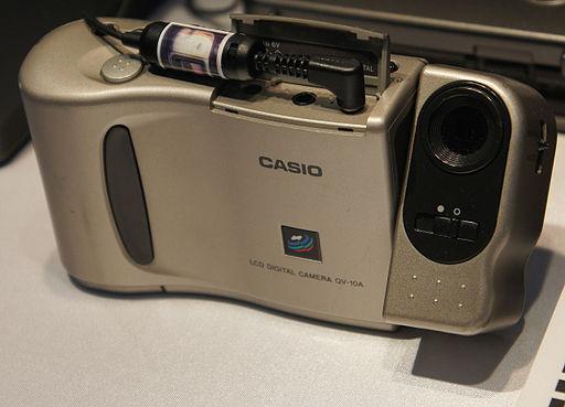 météo du jour 512px-Casio_QV-10A_CP%2B_2011