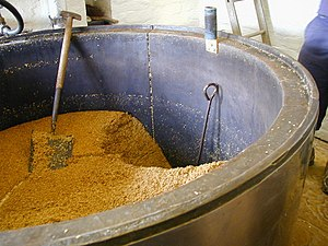 English: Bathams brewery Mash tun, the spent m...