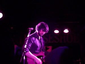 English: Peter Elkas performing at the Horsesh...