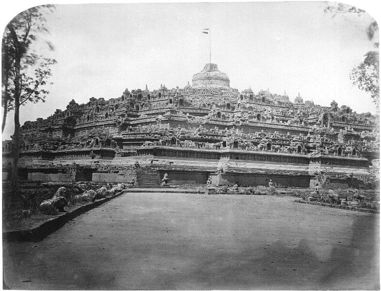 File:Borobudur photograph by van kinsbergen.jpg