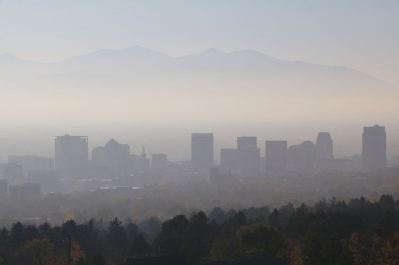 File:Salt Lake City smog haze skyline 01.jpg
