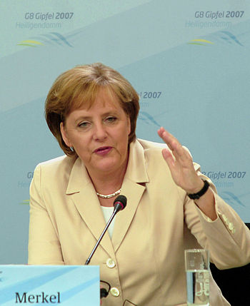 en: Angela Merkel at G8 conference in Heilgend...