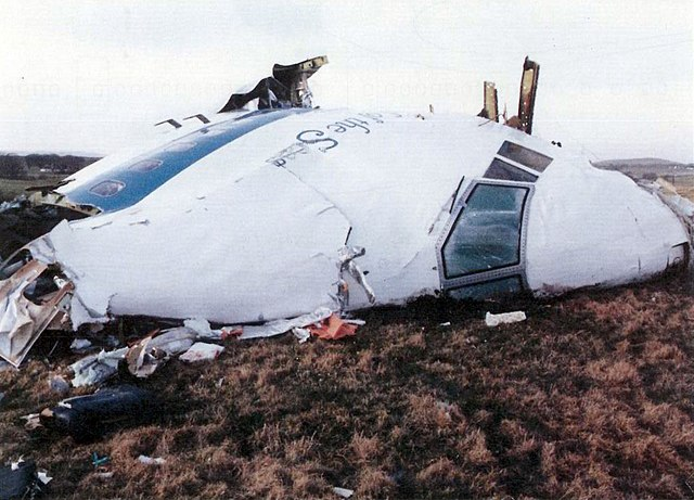 https://i2.wp.com/upload.wikimedia.org/wikipedia/commons/thumb/a/a9/Pan_Am_Flight_103._Crashed_Lockerbie%2C_Scotland%2C_21_December_1988.jpg/640px-Pan_Am_Flight_103._Crashed_Lockerbie%2C_Scotland%2C_21_December_1988.jpg
