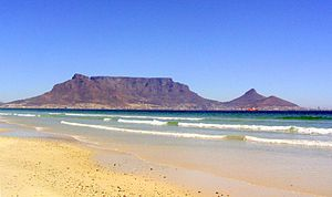 English: The Table Mountain and Ocean in Cape ...