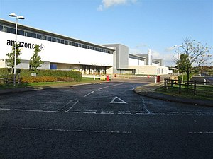 English: Amazon warehouse at Glenrothes