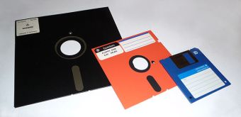 gaming in the 90ies - not without floppy disks