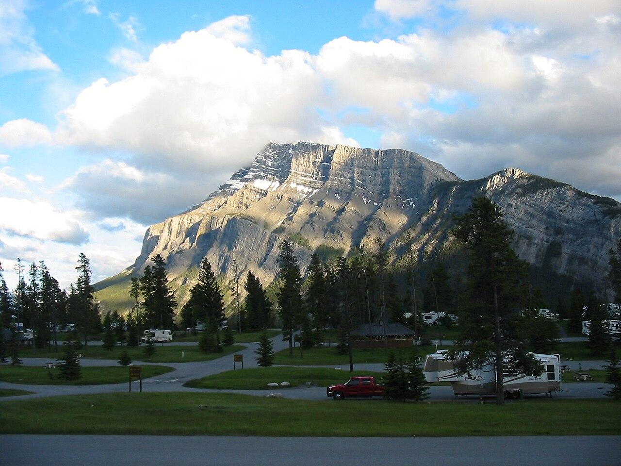 File Mount Rundle Banff Ab Jpg Wikimedia Commons