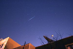 English: Iridium Flare and Comet 17P/Holmes sl...