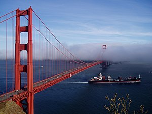 English: Golden Gate Bridge, San Francisco Bay...