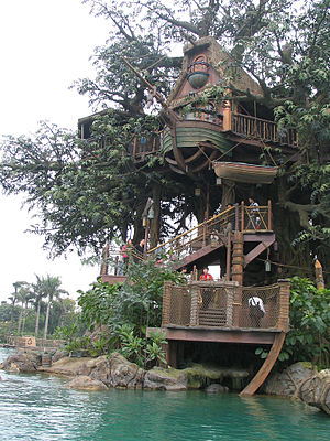 Hong Kong Disneyland, Tarzan tree house by Dave Q
