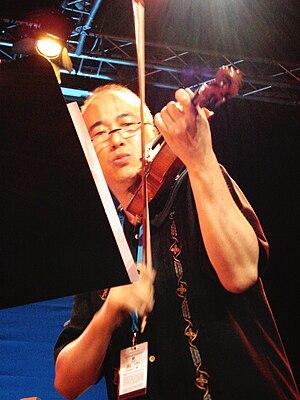 Jason Kao Hwang live at Saalfelden 2009 Italia...
