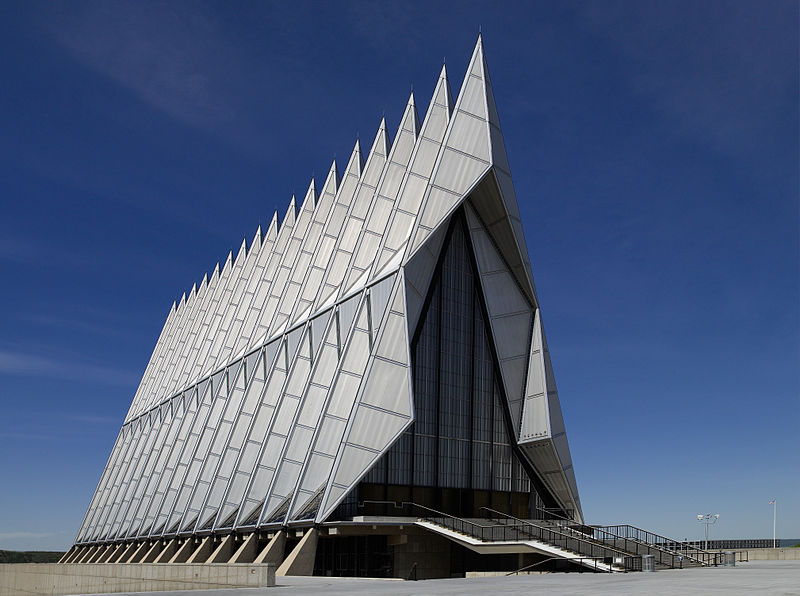File:Air Force Academy Chapel, Colorado Springs, CO 04090u original.jpg
