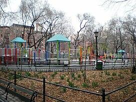 Seward Park, NYC (WTM sheila 0017).jpg