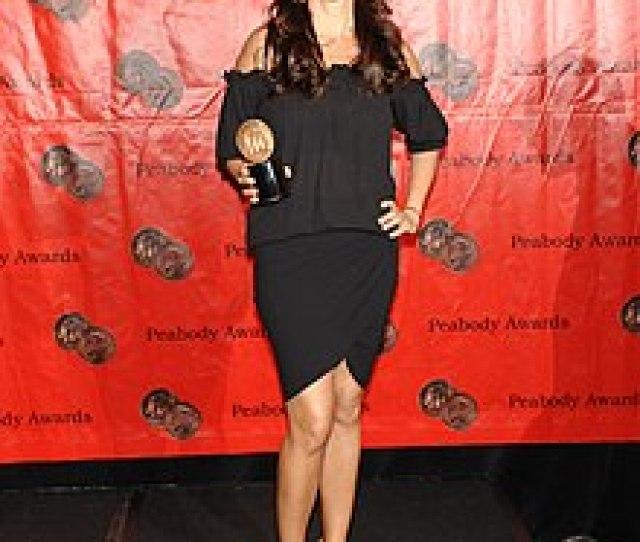 Sofia Vergara Mit Dem Peabody Award Fur Die Serie Modern Family 2009