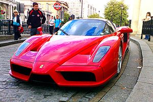 English: Enzo Ferrari in London