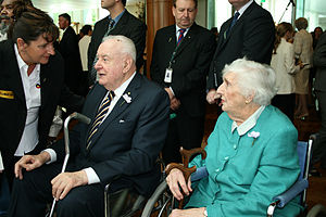 Gough Whitlam and Margaret Whitlam at the apol...