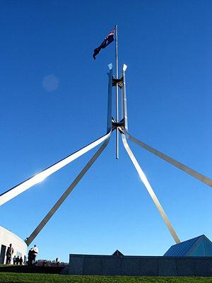 English: Australian flag on top of the governm...