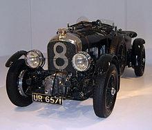 220px-1929_Bentley_front_34_left_2.jpg