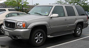 1999-2000 Cadillac Escalade photographed in Cl...