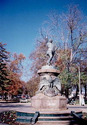Luis Cruz Martinez sculpture of Curico (Monume...